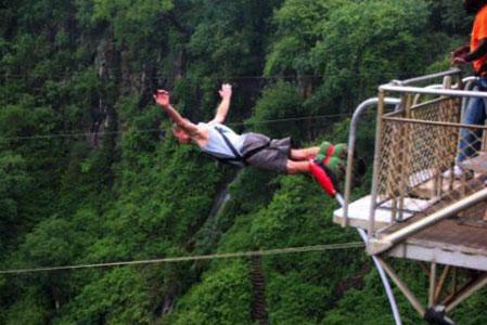 bungi jumping victoria falls